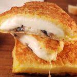 «Моцарелла в повозке». Рецепт приготовления.